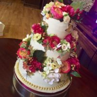 Wedding cakes from Dil & the Bear